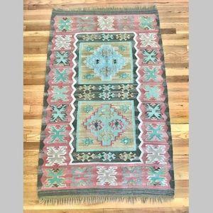 Vintage boho kilim flat weave southwest rug